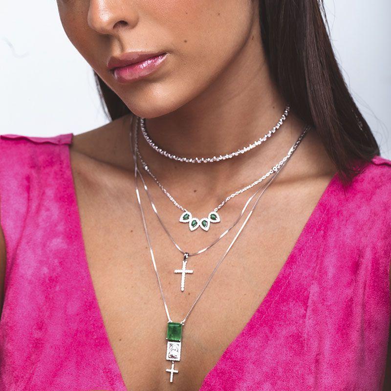 Colar gotas cor esmeralda cravejadas ródio branco