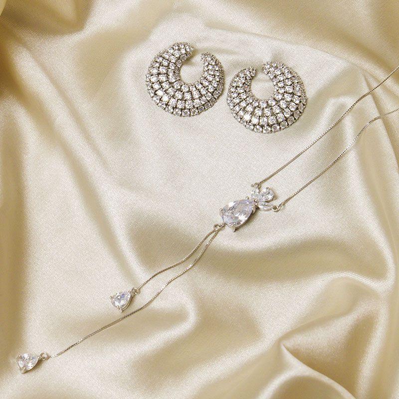 Colar gravatinha luxo gotas cristais ródio branco