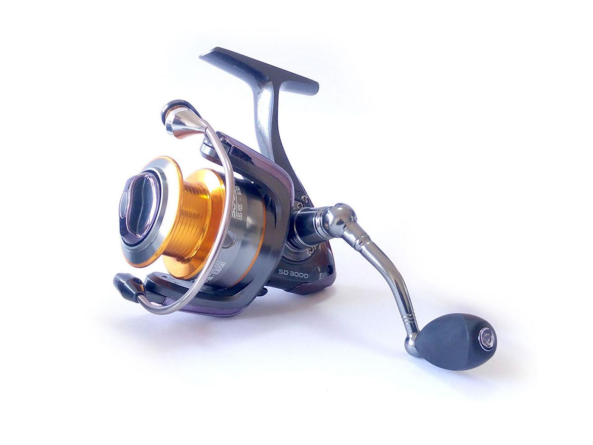 Molinete Pro-Tsuri Sode SD 1000 Velocidade de 5.1:1 com 7 Rolamentos  - Comprando & Pescando