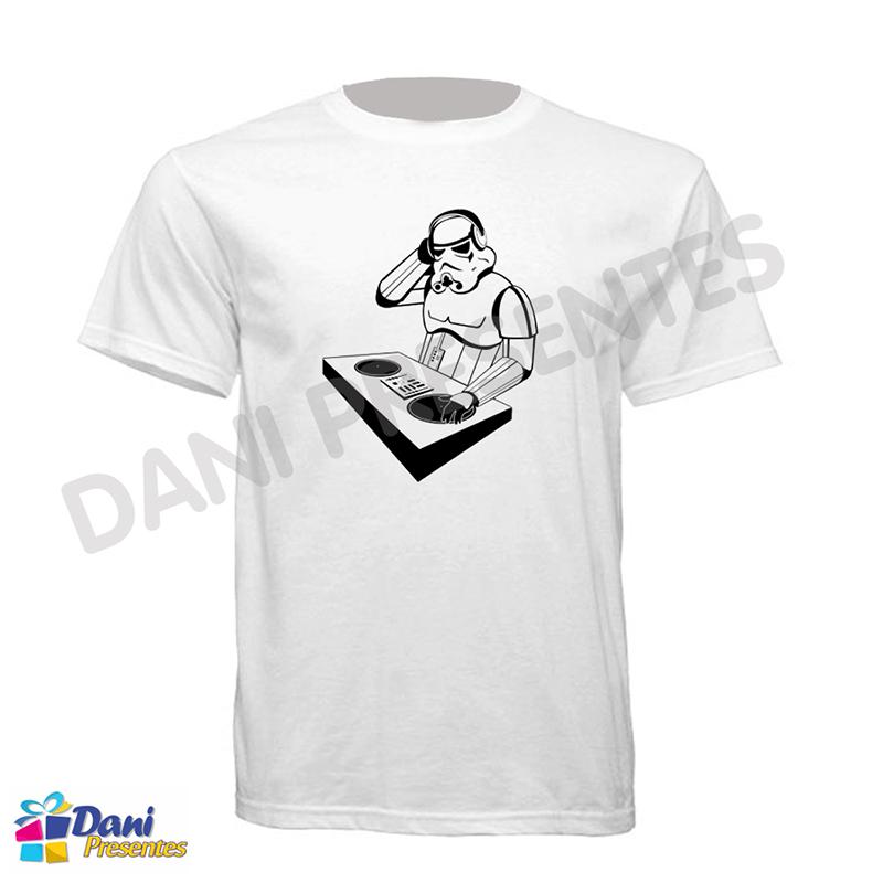 Camiseta Star Wars Stormtroopers DJ - Disco de Vinil
