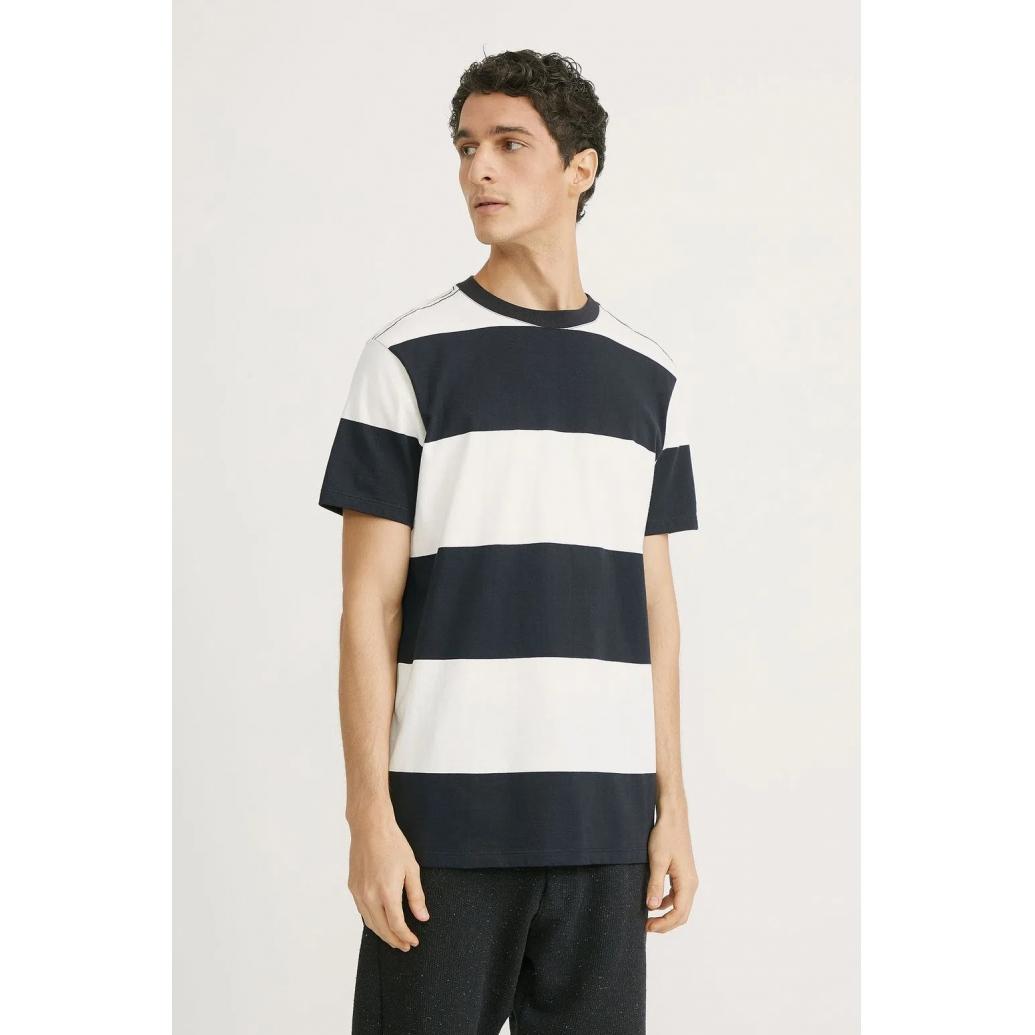 Camiseta Foxton Kanagawa - Preto e Branco