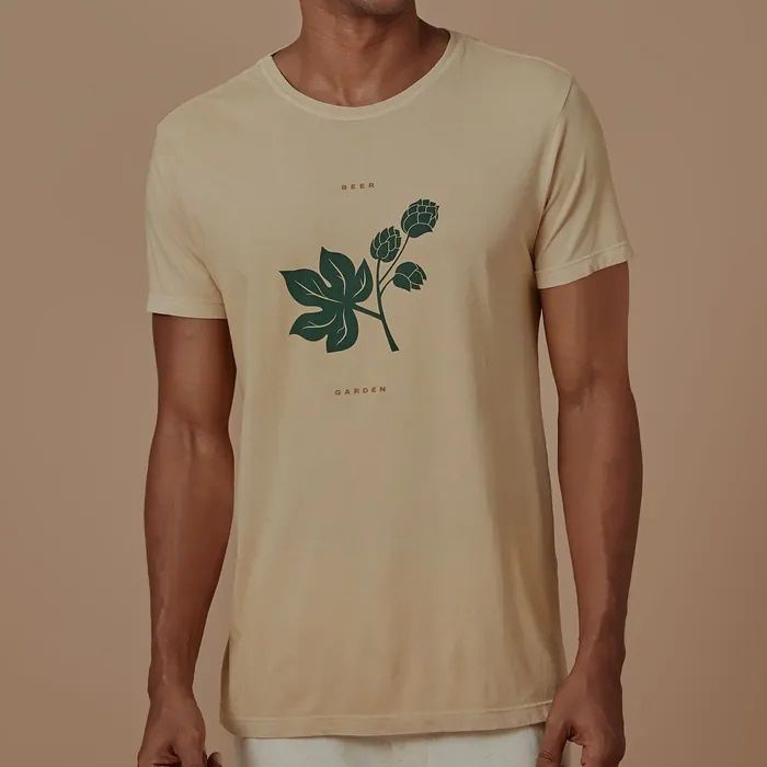 T-shirt Foxton Beer Garden - Amarela