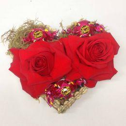 Arranjo Coração de Rosas Colombianas e Sonho de Valsa
