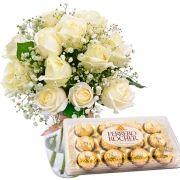 Ferrero e 12 Rosas Nacionais Brancas No Vidro