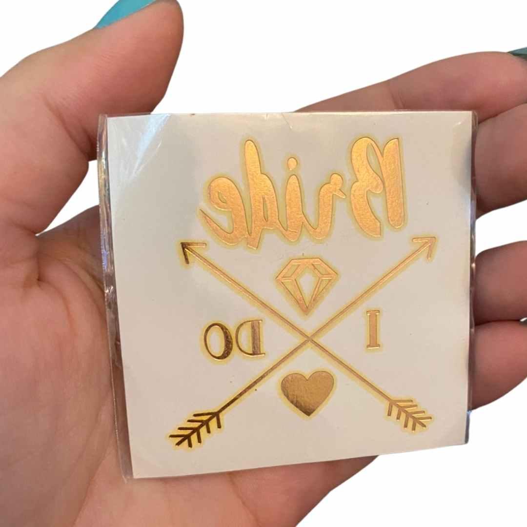 Tatuagem bride i do dourada