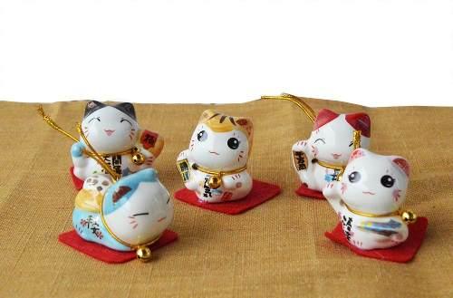Jogo 5 Gatinho Gato Da Sorte Em Ceramica Maneki Neko Japones  - Super Utilidades