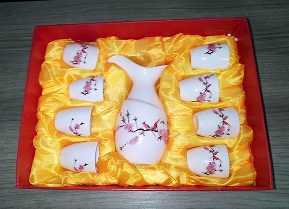 Conjunto Saquê sake cerejeira com vasilhame e 8 copos  - Super Utilidades