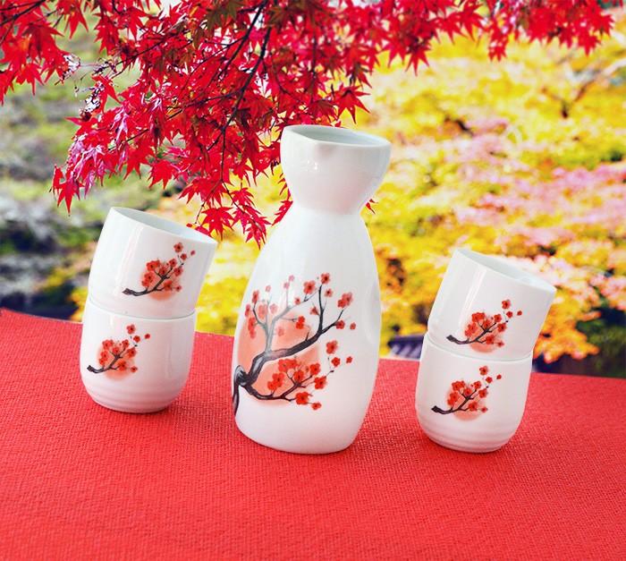 Sake Saque Jogo Vasilhame E 4 Cálices Floral Importado  - Super Utilidades