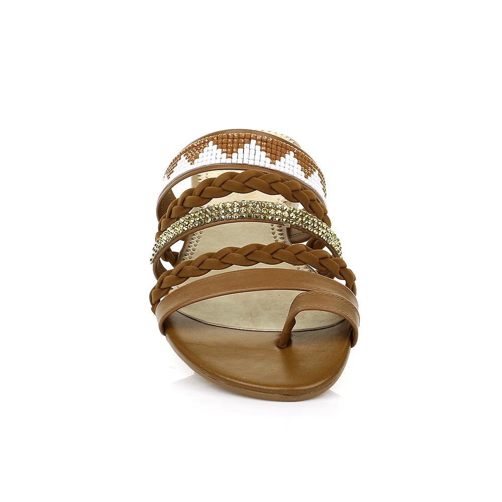 Rasteira com Tiras Trançadas e Pedrarias Urban Shoes 941.8310
