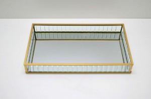 * Bandeja de Vidro e Metal Dourado Grande - 58933