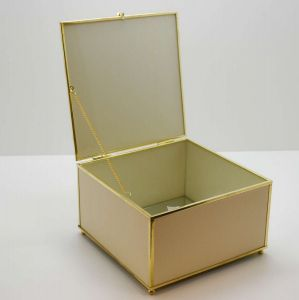 Caixa Decorativa Dourada Grande Em Couro - 58218
