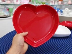KIT com 04 travessa em formato de coração 25,5 cm - K105