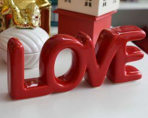 Letreiro Decorativo Em Cerâmica Love Vermelho - 58072