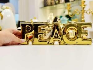 Letreiro Decorativo Peace Em Cerâmica Dourado - 56483
