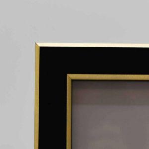 Porta Retrato 10x15cm Preto Com Dourado Bophal De Plástico - 58337
