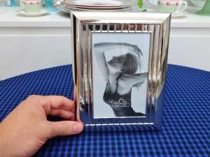 Porta retrato luxo em metal aço prateado 10x15 cm 53058