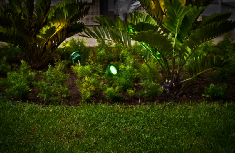 Espeto de Jardim Led Garden 9W 45º Corpo da Luminária Verde, Cor da luz do Led Verde