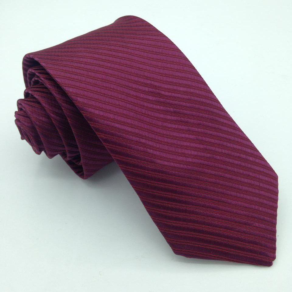 Gravata Marsala/Açaí Trabalhada