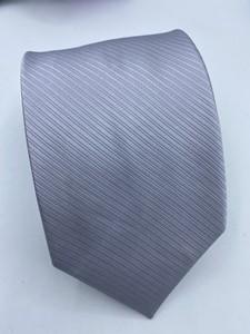 Gravata cinza Trabalhada
