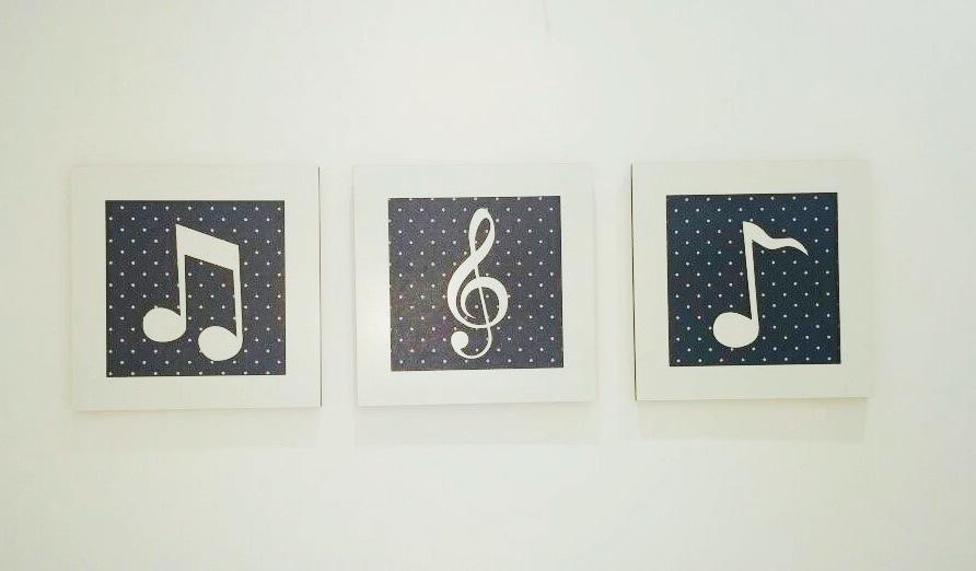 Trio de Quadros Notas Musicais Decoração