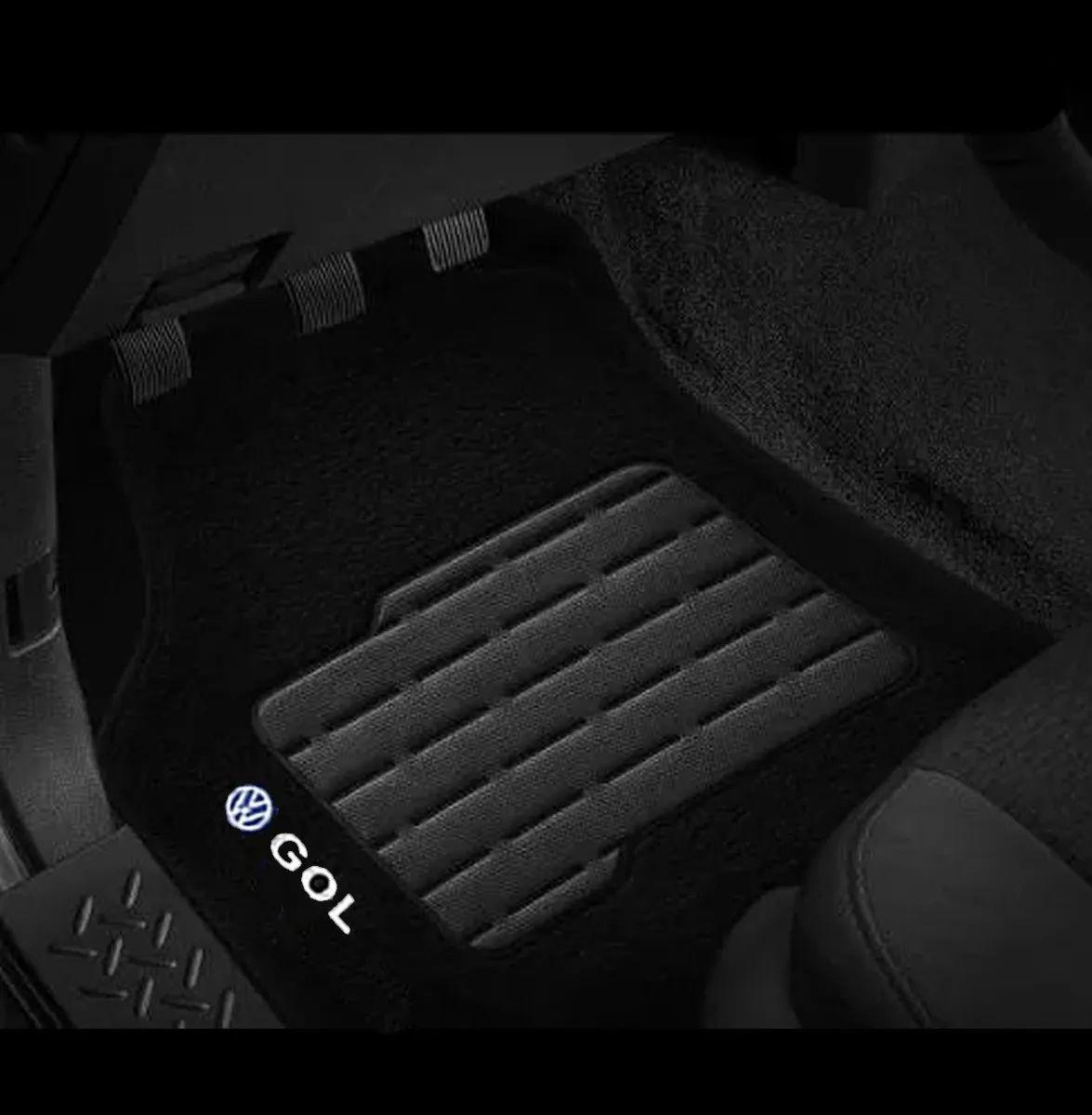 Jogo de Tapete Carpete Automotivo Gol G2 G3 G4 G5 Logo Bordado Volkswagen Preto Personalizado Vw