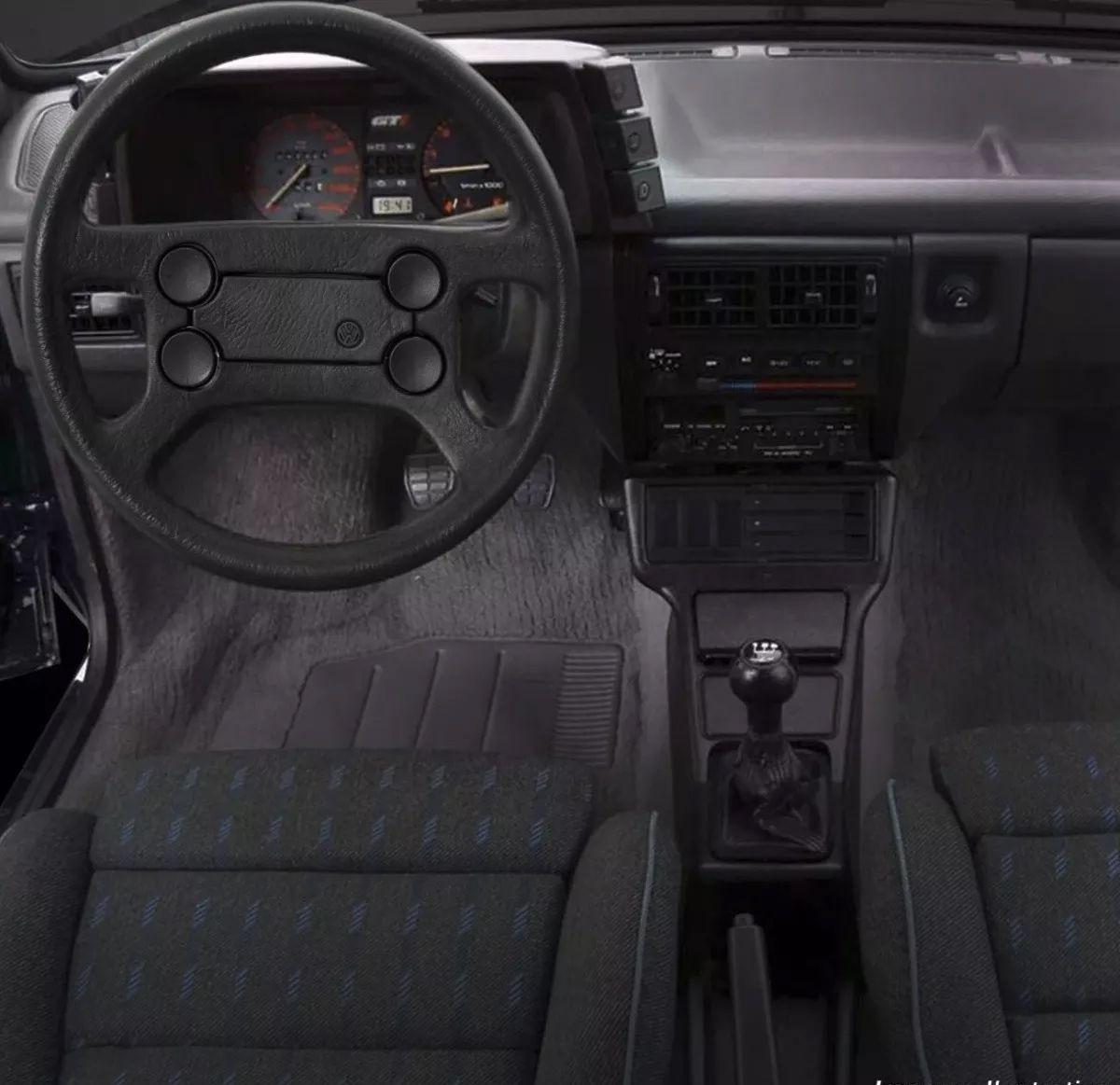 Volante Original Volkswagen 4 Bolas Cubo Gol Parati Passat Saveiro Voyage Poliparts