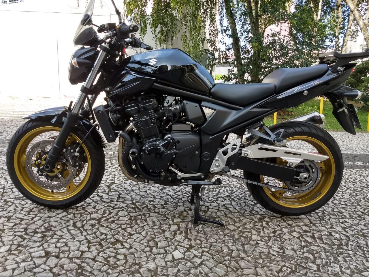 BANDIT 1250 PRETA