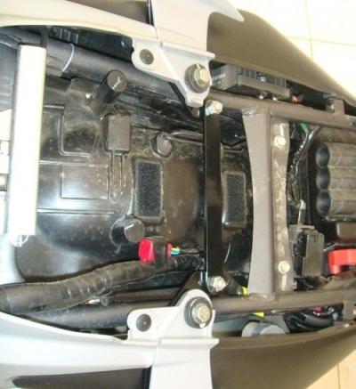 Suporte Afastador de Alforge Honda Falcon 2013 Preto 8111