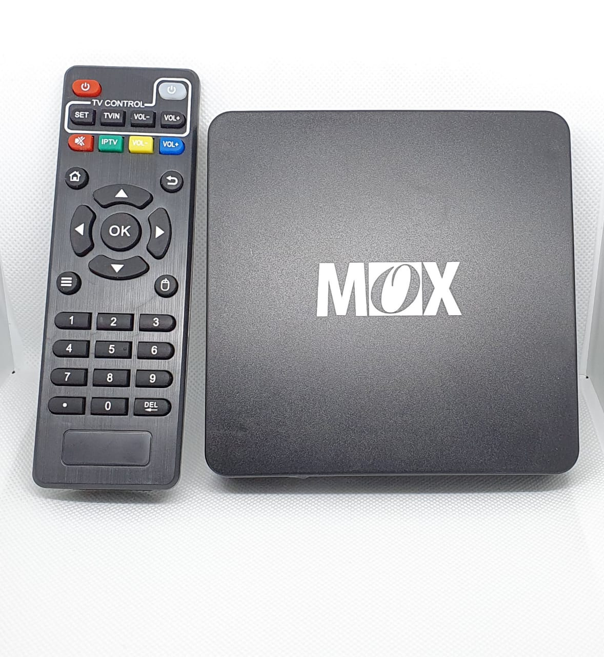 TV BOX MOX 1GB RAM 8GB ROOM