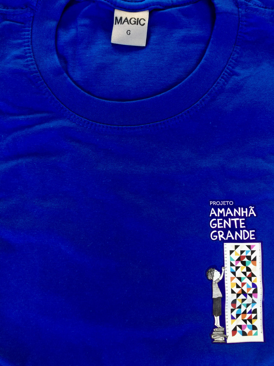Camisetas  - várias cores e tamanhos com FRETE GRÁTIS! (opção disponível no checkout)