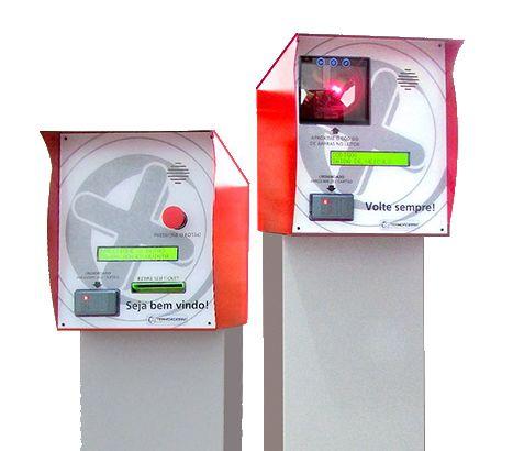 Sistema de Estacionamentos Termoplus Termo Acesso com Totem e Cancela