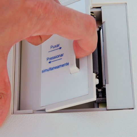 Eletrocardiografo 1 Canal 7 derivaçoes automáticas e 5 manuais com Bateria Interna Recarregável ECG-6 – Ecafix