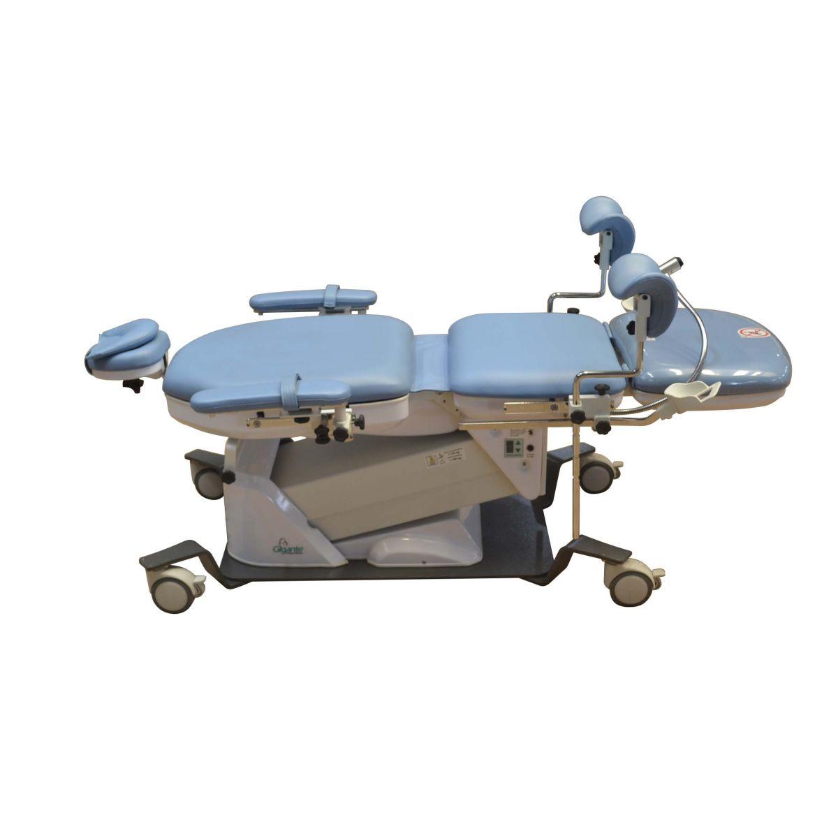 Mesa para Exames Ginecológicos – Mod. CE-9000G - Gigante