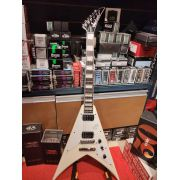 Guitarra Jackson Sign - Scott Ian King V - 555 - Ivory Nfe