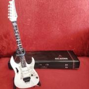 Miniatura Guitarra Steve Vai White Jem Axe Heaven SV-130