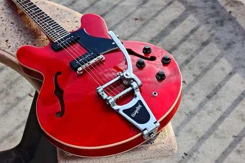 Guitarra Semi-acústica Cort Source Bv Cr Bigsby