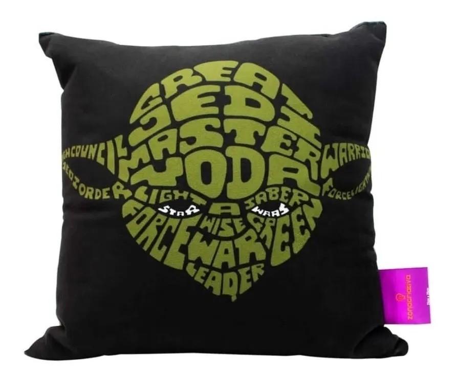 Almofada Fibra Veludo 25x25cm Mestre Yoda Star Wars - Zona Criativa