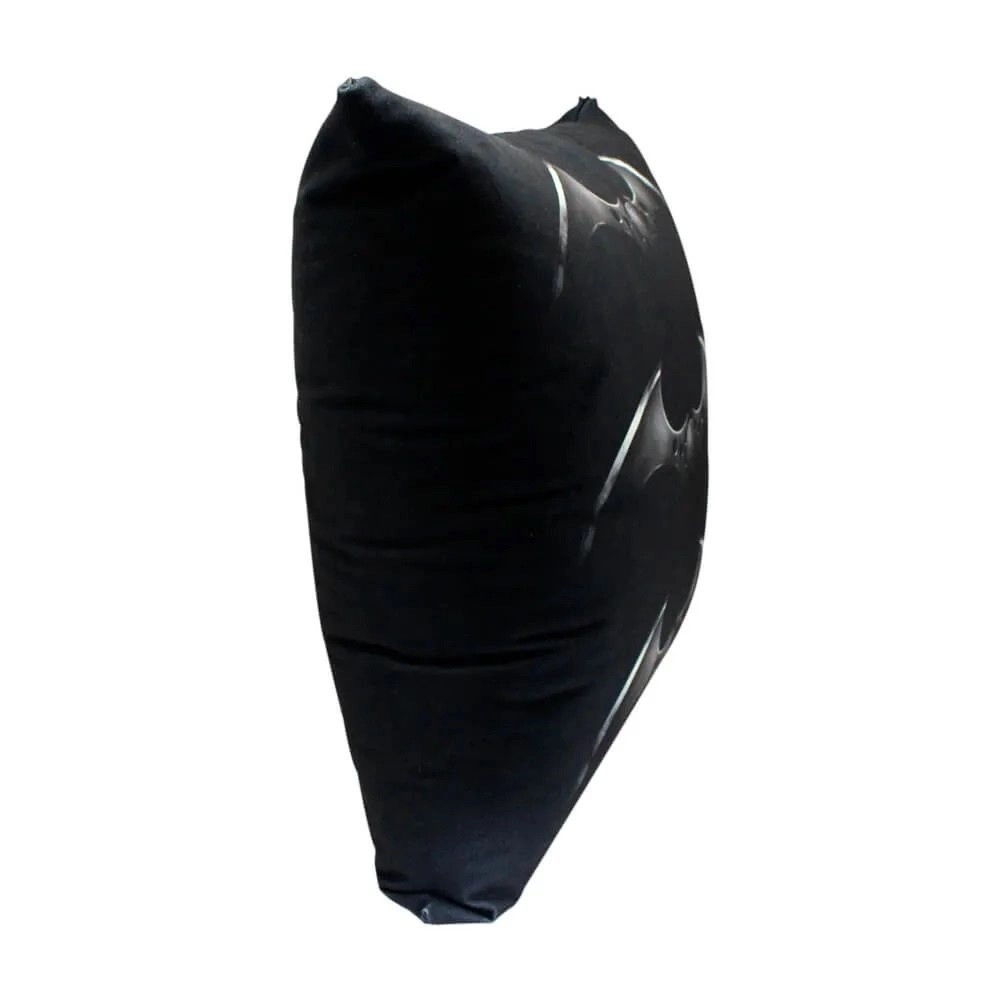 Almofada Fibra Veludo 40x40cm Batman Arkham City - Zona Criativa
