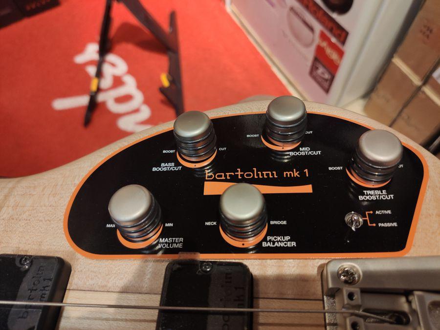 Baixo Eletrico 5 Cordas Cort A5 Plus Fmmh Opn