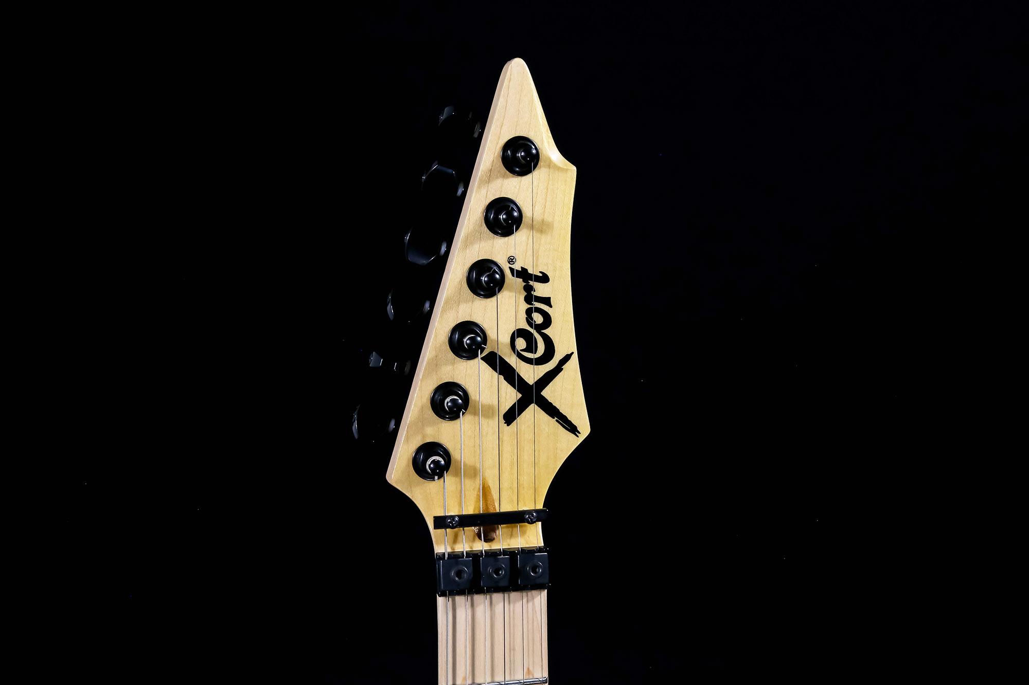 Cort X 11qm Wrb Guitarra Solida C/captação Emg Sro Oc1 + Nfe