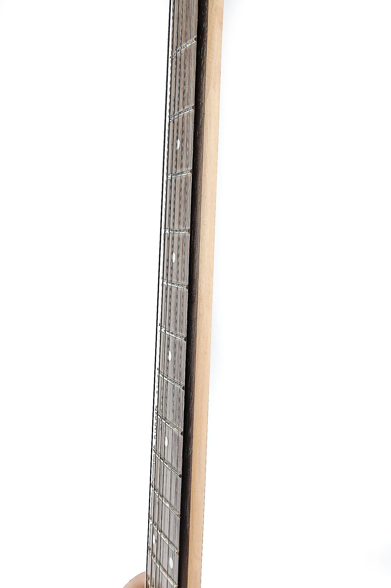 Guitarra Charvel Explorer Dst3fr 1h Snow White