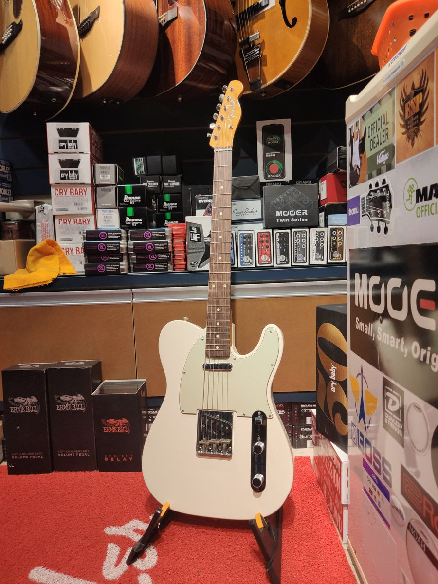 Guitarra Fender - 60 Telecaster - 305 - Olympic White
