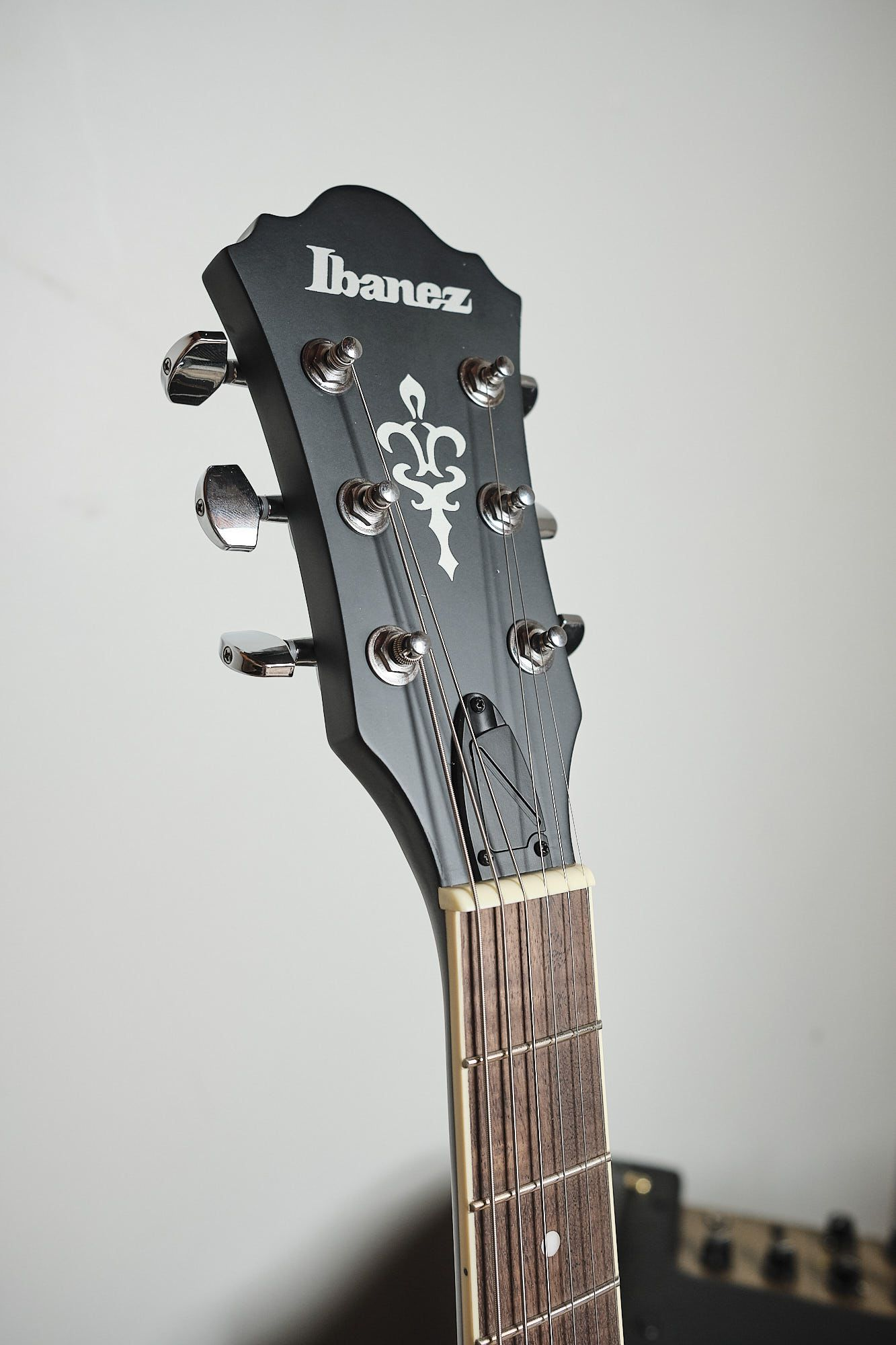 Guitarra Ibanez Semi Acústica Artcore - As 53 Tkf