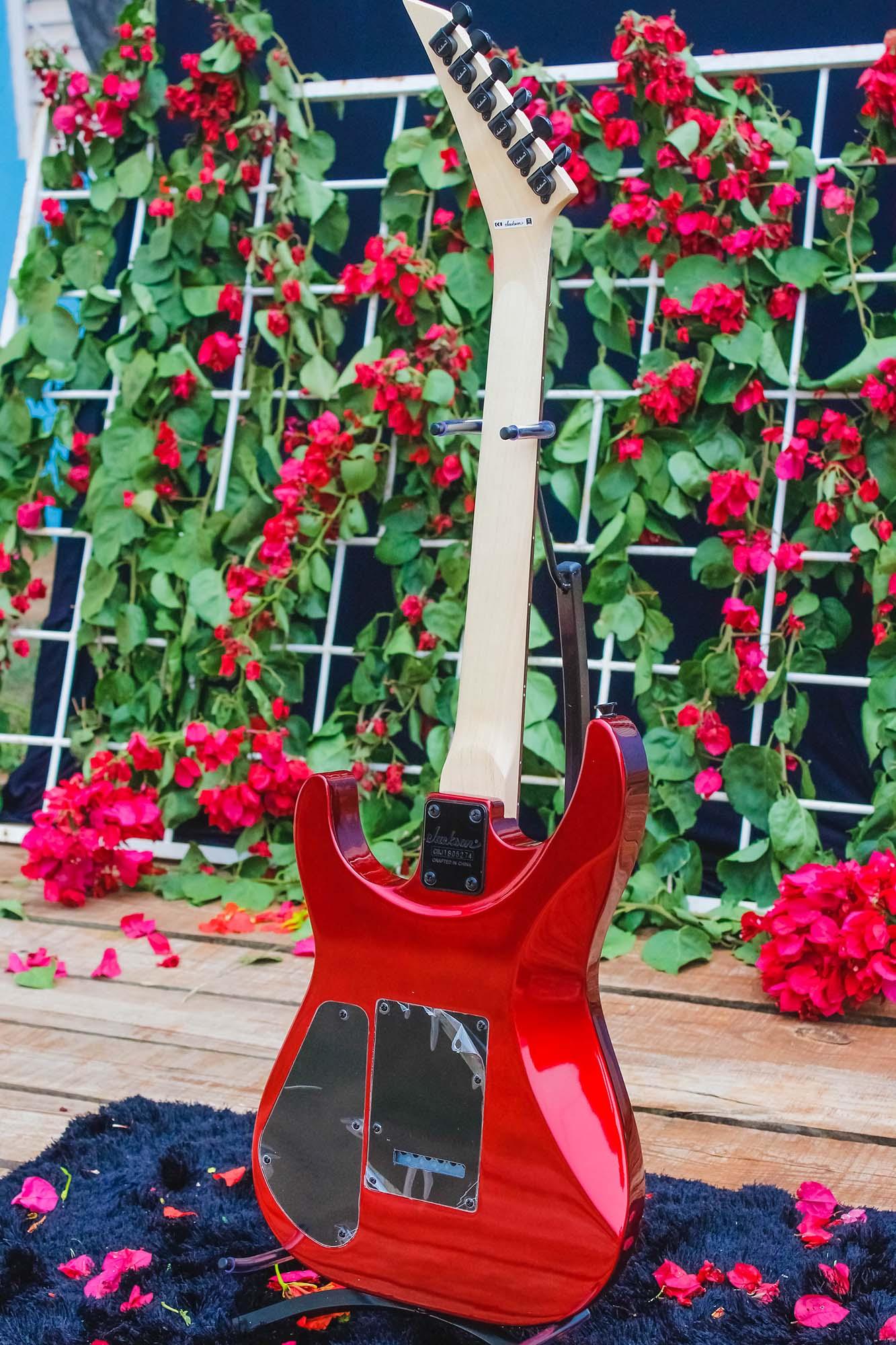 Guitarra Jackson Dinky 291 0110 Js11 552 Metallic Red