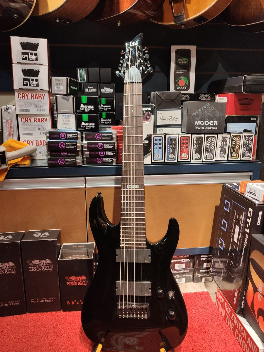 Guitarra Ltd By Esp Fm 418 Blk 8 Cordas