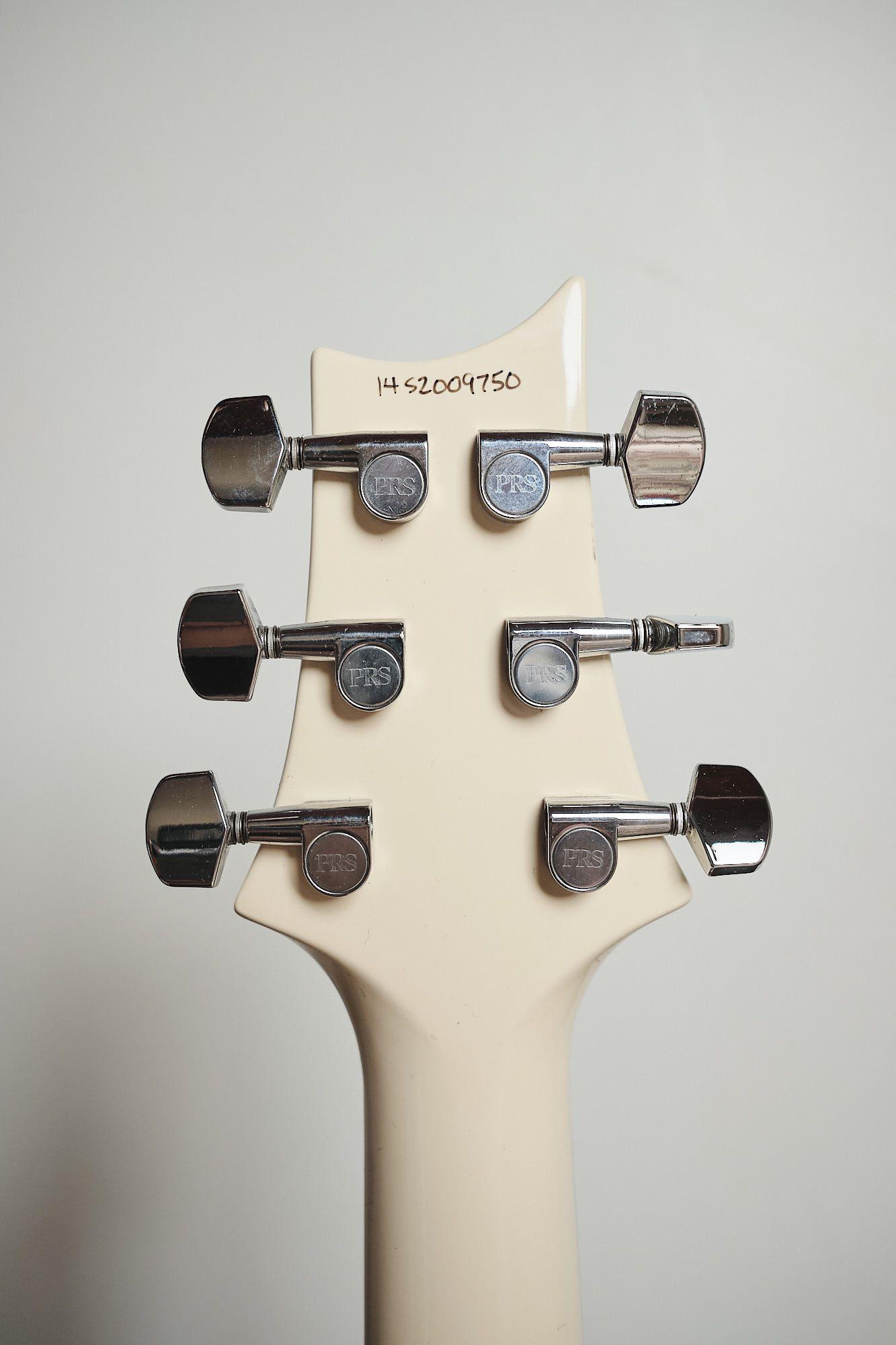 Guitarra Prs S2 Custom 22 Semi Hollow Antique White Usa