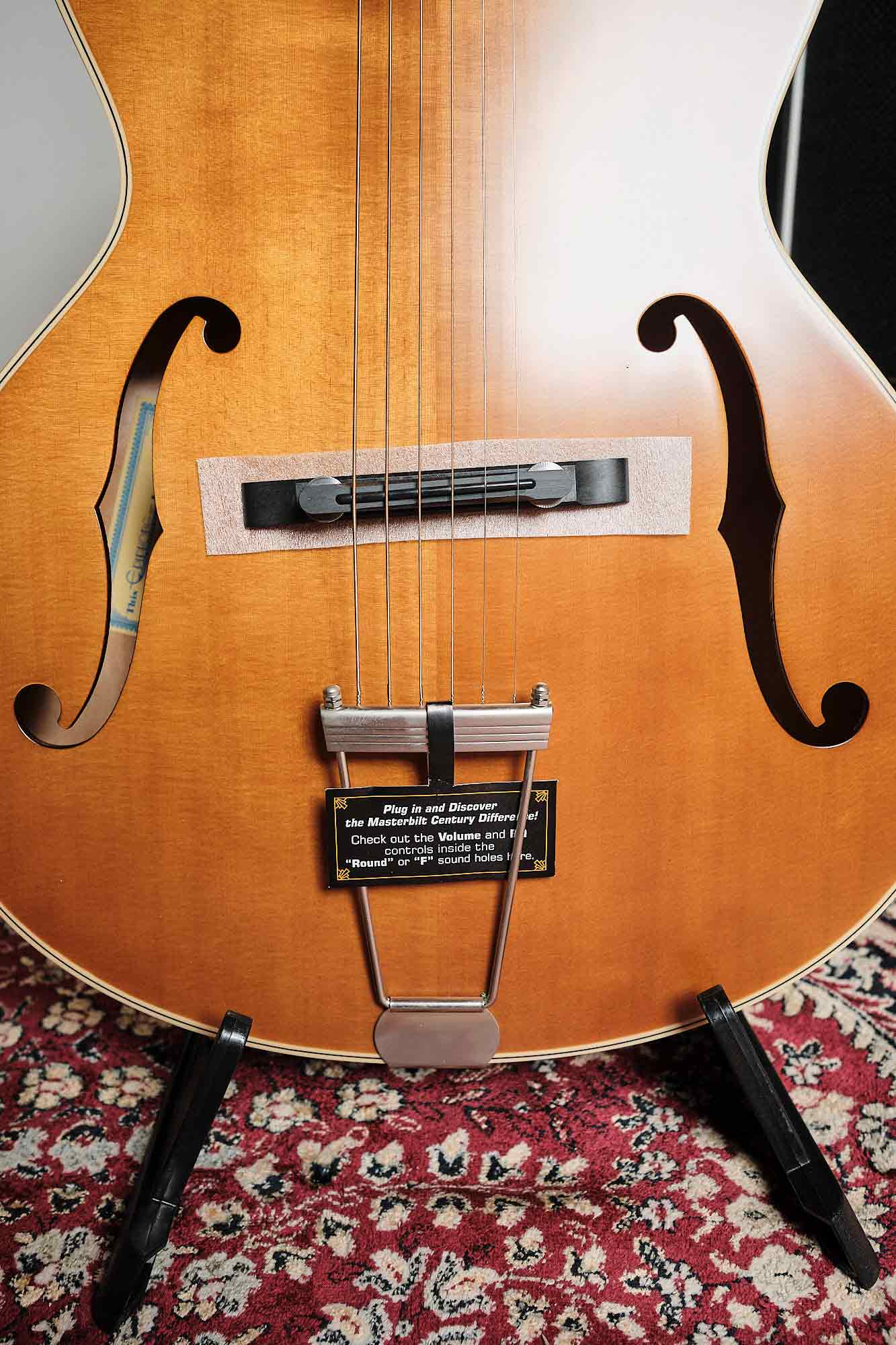 Violão Elétrico EpiPhone Masterbilt Zenith Classic (f-hole) Vintage Natural