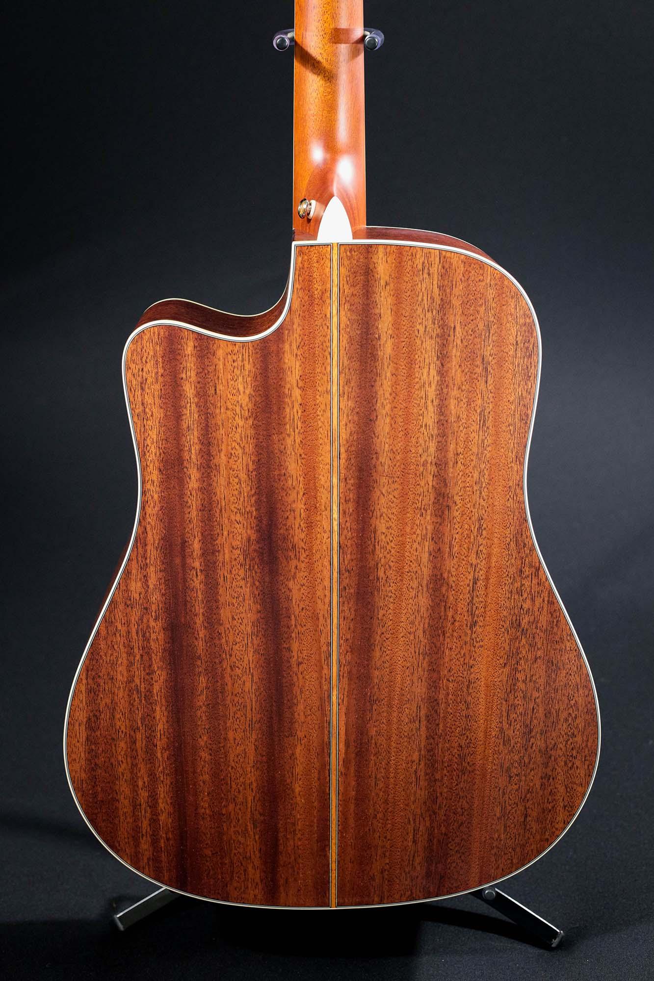 Violão Folk Cutway T/Solido Cedro B/S Mogno EQ CR-T NV Satin DE-7/N Crafter