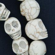 Fio de Caveira de Pedra - Branca - Média - 18x15mm