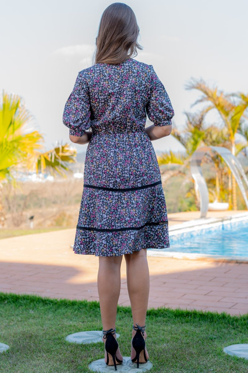 93150 - Vestido em crepe c/ det.rendas (COM ELASTANO)